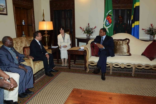 Visit to State House (18 June 2012)